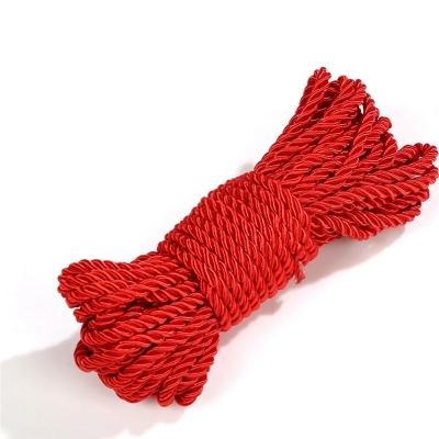 Веревка красная 5м