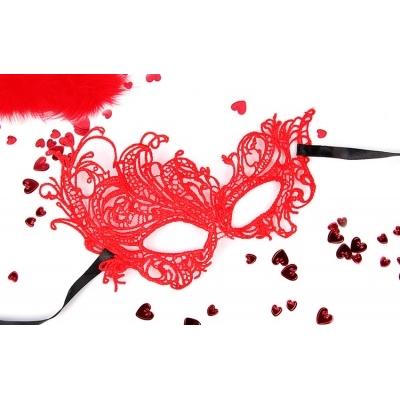 Ажурная маска красная МАРГО